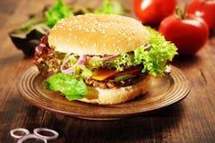 cheeseburger Lizenzfreie Stockfotografie