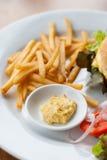 Cheeseburger degli alimenti a rapida preparazione fotografia stock libera da diritti