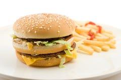 Cheeseburger en frieten Stock Fotografie