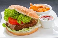 Cheeseburger Plate Stock Photos