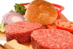 cheeseburgers συστατικά Στοκ φωτογραφίες με δικαίωμα ελεύθερης χρήσης