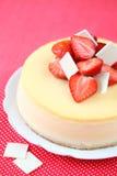 Cheesecake φραουλών βανίλιας στοκ εικόνα με δικαίωμα ελεύθερης χρήσης