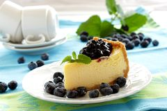 Cheesecake with blueberries Stock Photography