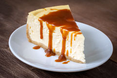 Cheesecake with caramel sauce Royalty Free Stock Image