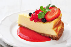Cheesecake with fresh berries Stock Photos