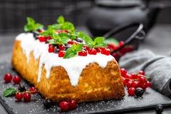 Cheesecake with fresh berries and yogurt, stock photo Stock Images