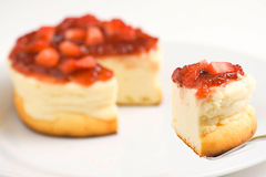 Cheesecake with fresh strawberries Stock Photos