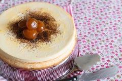 Cheesecake, powiewny deser chałupa ser Fotografia Stock