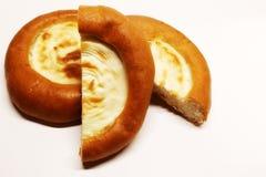 cheesecake Produtos da padaria Produto da farinha Produto culinário Um produto da massa com um enchimento do coalho Queijo de cas fotos de stock