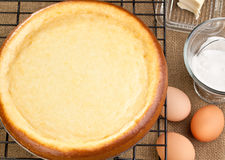 Cheesecake with it's ingredients Royalty Free Stock Photos
