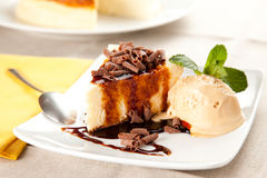 Free Cheesecake With Ice Cream And Chocolate Royalty Free Stock Images - 13147419