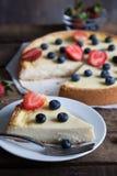 Cheesecake z świeżymi jagodami Zdjęcie Stock
