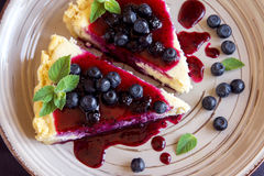 Cheesecake z Czarnymi jagodami Obraz Stock