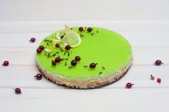 Cheesecake z zieleni galaretą Fotografia Royalty Free