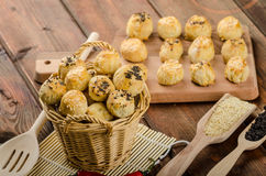Cheesy Bites with garlic and blue cheese Royalty Free Stock Photography