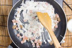 Chef cooking Spaghetti carbonara Royalty Free Stock Photos