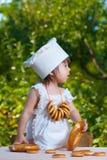 Chef des kleinen Mädchens Stockfoto
