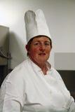 Chef-kok in keuken Royalty-vrije Stock Afbeelding