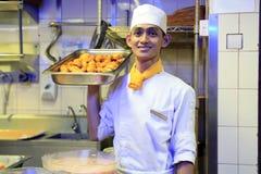 Chef-kok op het werk Royalty-vrije Stock Foto's