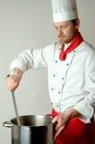 Chef-kok op het werk Royalty-vrije Stock Foto