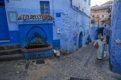 Chefchaouen, la ville bleue au Maroc image libre de droits