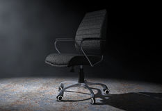 Chefe de couro preto Office Chair na luz volumétrico 3d arrancam Foto de Stock Royalty Free