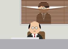 Chefe que olha através das cortinas Fotografia de Stock