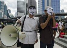 Chefs de rassemblement utilisant le corne de brume Photo libre de droits