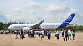 Chegada de Airbus A350-900 XWB em Singapura Airshow Fotografia de Stock Royalty Free
