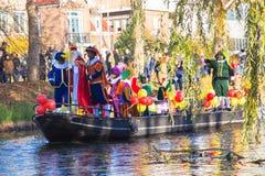 A chegada de St Nicholas Sinterklaas fotos de stock