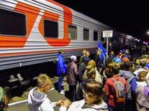 A chegada do trem da campanha do partido democrático liberal do russo Fotografia de Stock