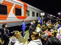 A chegada do trem da campanha do partido democrático liberal do russo Foto de Stock