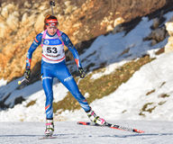 Cheile Gradistei, Roamania - Januari 30: Onbekende concurrent in IBU Youth& Junior World Championships Biathlon vierentwintigste  Royalty-vrije Stock Foto's