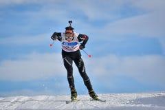 Cheile Gradistei Roamania, Styczeń, - 28: Niewiadomy konkurent w IBU Youth&Junior mistrzostw Światowym Biathlon 24th Fotografia Stock