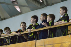 Cheldren are watching a match Stock Images