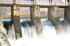 Chemal vattenkraftstation Arkivbild