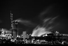 Chemical Factory At Night Royalty Free Stock Image