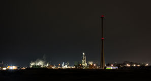 Chemical refinery at night Royalty Free Stock Images