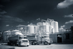 Free Chemical Storage Tank And Tanker Truck Stock Image - 26597271
