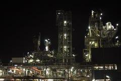 chemiczna instalacyjna noc zdjęcia stock