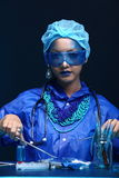 Chemie Aziatische Arts Woman met Blauwe Tone Fashion Make omhoog fanc Royalty-vrije Stock Foto's