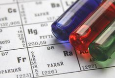 Chemie. Reagenzglasserie stockbilder