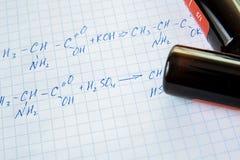 Chemii nauki formuły na bielu prześcieradle Zdjęcie Stock