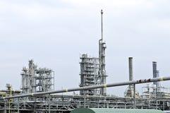 Chemikalien- und Ölfabrik Stockfotos