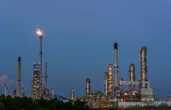 Chemikalien- und Schmierölfabrik stockbilder