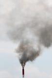 Cheminée d'évacuation des fumées Photo stock