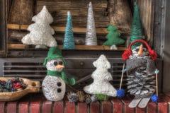 Cheminée de métiers de décorations de Noël Photos libres de droits