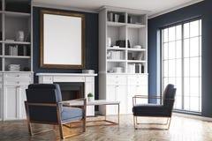 Cheminée de salon et fauteuils bleus, coin Photo libre de droits