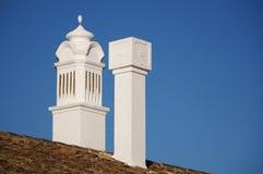 Cheminées de l'Algarve Images stock
