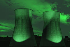 Cheminées vertes d'arme nucléaire Photo stock